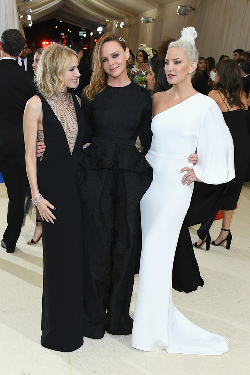 """. NEW YORK, NY - MAY 01:  (L-R) Naomi Watts, Stella McCartney and Kate Hudson attend the \""""Rei Kawakubo/Comme des Garcons: Art Of The In-Between\"""" Costume Institute Gala at Metropolitan Museum of Art on May 1, 2017 in New York City.  (Photo by Dia Dipasupil/Getty Images For Entertainment Weekly)"""