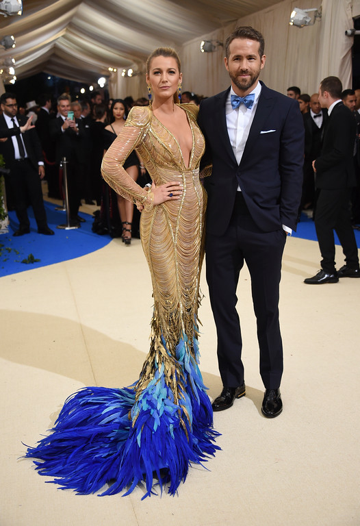 . Blake Lively, left, and Ryan Reynolds attend The Metropolitan Museum of Art\'s Costume Institute benefit gala celebrating the opening of the Rei Kawakubo/Comme des Garçons: Art of the In-Between exhibition on Monday, May 1, 2017, in New York. (Photo by Evan Agostini/Invision/AP)