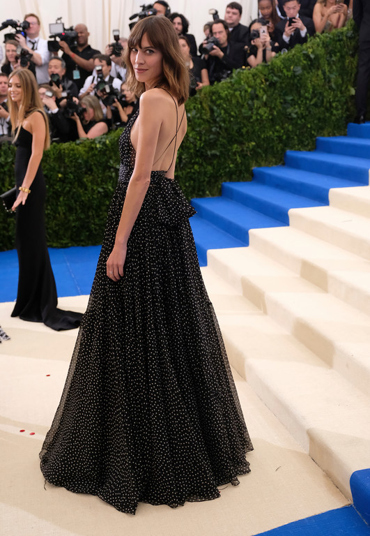. Alexa Chung attends The Metropolitan Museum of Art\'s Costume Institute benefit gala celebrating the opening of the Rei Kawakubo/Comme des Garçons: Art of the In-Between exhibition on Monday, May 1, 2017, in New York. (Photo by Charles Sykes/Invision/AP)