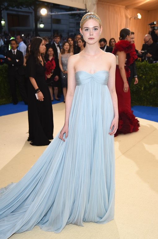 """. NEW YORK, NY - MAY 01:  Elle Fanning attends the \""""Rei Kawakubo/Comme des Garcons: Art Of The In-Between\"""" Costume Institute Gala at Metropolitan Museum of Art on May 1, 2017 in New York City.  (Photo by Dimitrios Kambouris/Getty Images)"""
