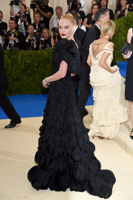 """. NEW YORK, NY - MAY 01:  Kate Bosworth attends the \""""Rei Kawakubo/Comme des Garcons: Art Of The In-Between\"""" Costume Institute Gala at Metropolitan Museum of Art on May 1, 2017 in New York City.  (Photo by Dimitrios Kambouris/Getty Images)"""