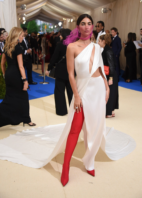 . Lily Aldridge attends The Metropolitan Museum of Art\'s Costume Institute benefit gala celebrating the opening of the Rei Kawakubo/Comme des Garçons: Art of the In-Between exhibition on Monday, May 1, 2017, in New York. (Photo by Evan Agostini/Invision/AP)