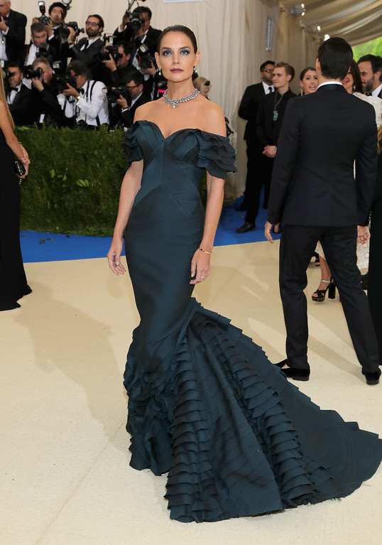 """. NEW YORK, NY - MAY 01:  Katie Holmes attends the \""""Rei Kawakubo/Comme des Garcons: Art Of The In-Between\"""" Costume Institute Gala at Metropolitan Museum of Art on May 1, 2017 in New York City.  (Photo by Neilson Barnard/Getty Images)"""