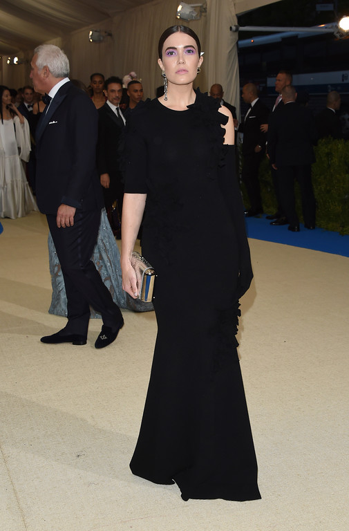 . Mandy Moore attends The Metropolitan Museum of Art\'s Costume Institute benefit gala celebrating the opening of the Rei Kawakubo/Comme des Garçons: Art of the In-Between exhibition on Monday, May 1, 2017, in New York. (Photo by Evan Agostini/Invision/AP)