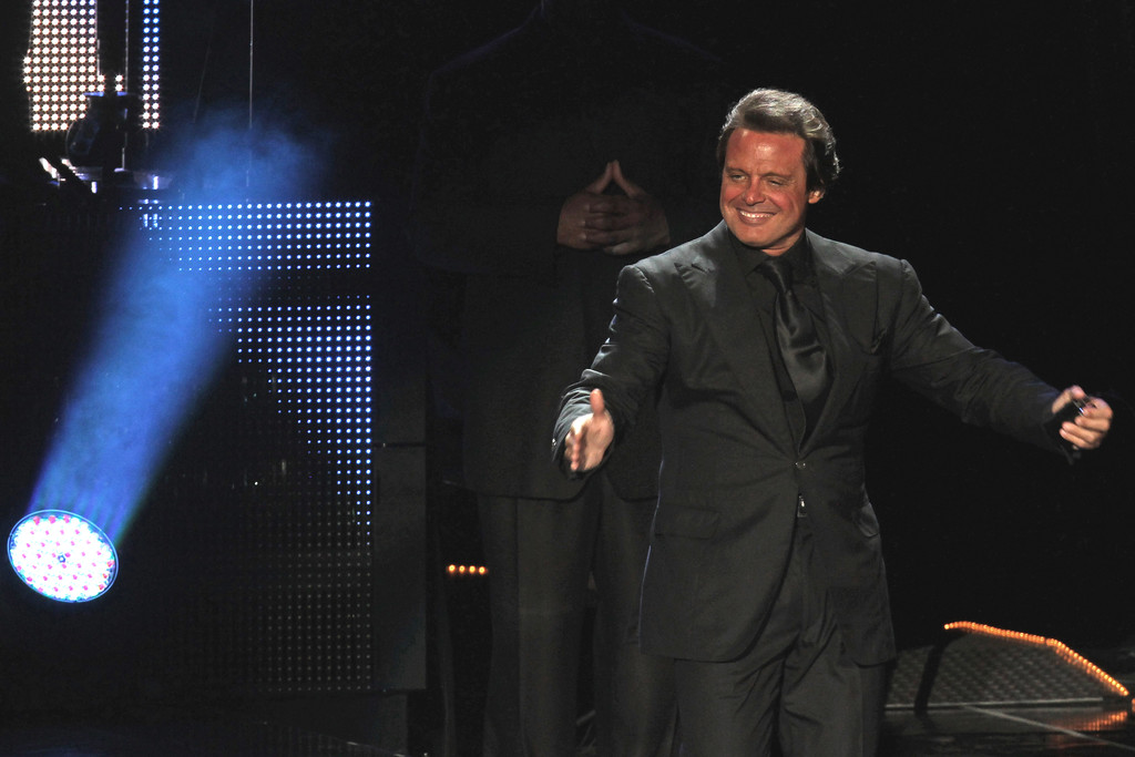 . Mexican singer Luis Miguel performs during a concert in Monterrey, Mexico, Thursday March 24, 2011. (AP Photo/Carlos Jasso)