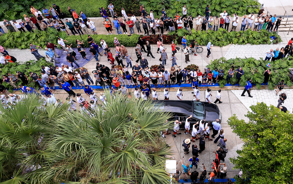 . MIAMI, FL - SEPTEMBER 28: Miami Marlins players and members of the Marlins organization and their fans surround the hearse carrying Miami Marlins pitcher Jose Fernandez to pay their respects on September 28, 2016 in Miami, Florida. Mr. Fernandez was killed in a weekend boat crash in Miami Beach along with two friends. (Photo by Rob Foldy/Getty Images)
