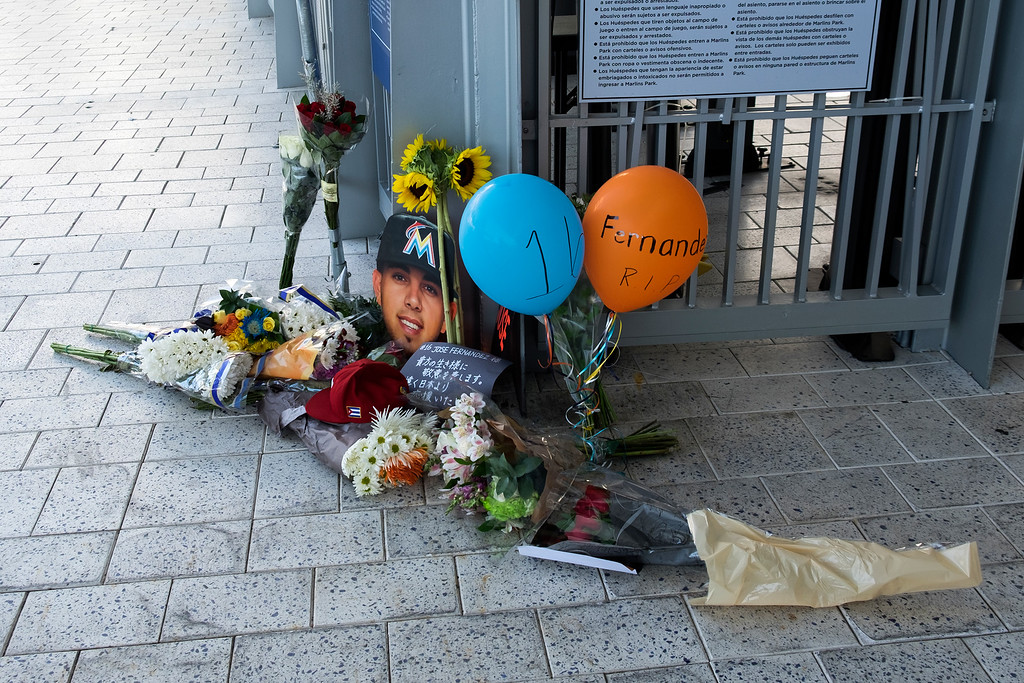 . A makeshift memorial in honor of Jose Fernandez sits outside Marlins Stadium, Sunday Sept. 25, 2016. Jose Fernandez, the ace right-hander for the Miami Marlins who escaped Cuba to become one of baseball\'s brightest stars, was killed in a boating accident early Sunday morning. Fernandez was 24. (AP Photo/Gaston De Cardenas)