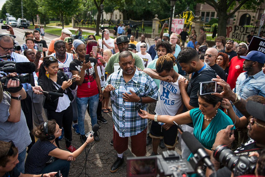. ST. PAUL, MN - JULY 07: Clarence D. Castile, uncle of Philando Castile, speaks outside the Governor\'s Mansion  following the police shooting death of a black man on July 7, 2016 in St. Paul, Minnesota. Philando Castile was shot and killed last night, July 6, 2016, by a police officer in Falcon Heights, MN. (Photo by Stephen Maturen/Getty Images)