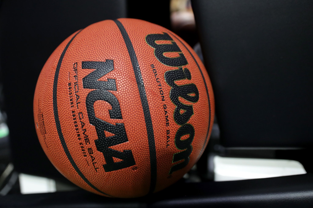 . TULSA, OK - MARCH 17: A game ball sits near the court before the game between the USC Trojans and the Southern Methodist Mustangs during the first round of the 2017 NCAA Men\'s Basketball Tournament at BOK Center on March 17, 2017 in Tulsa, Oklahoma.  (Photo by Ronald Martinez/Getty Images)