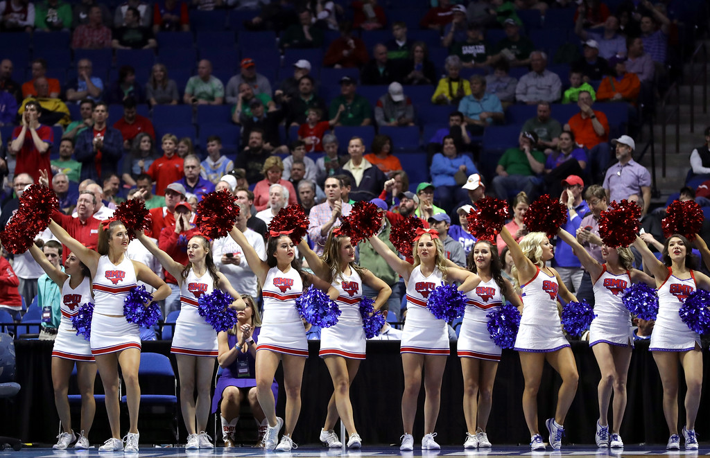 . TULSA, OK - MARCH 17: The Southern Methodist Mustangs perform at the start of the game against the USC Trojans during the first round of the 2017 NCAA Men\'s Basketball Tournament at BOK Center on March 17, 2017 in Tulsa, Oklahoma.  (Photo by Ronald Martinez/Getty Images)