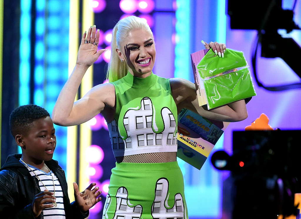 . LOS ANGELES, CA - MARCH 11:  Singer/TV personality Gwen Stefani onstage at Nickelodeon\'s 2017 Kids\' Choice Awards at USC Galen Center on March 11, 2017 in Los Angeles, California.  (Photo by Kevin Winter/Getty Images)