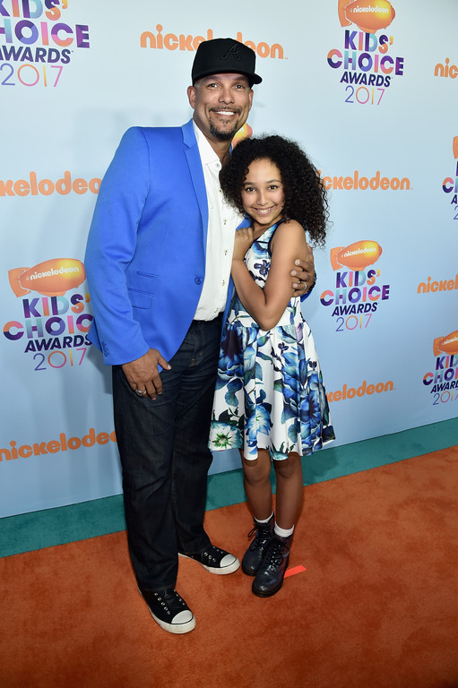 . LOS ANGELES, CA - MARCH 11: Former MLB player David Justice (L) and actor Raquel Justice at Nickelodeon\'s 2017 Kids\' Choice Awards at USC Galen Center on March 11, 2017 in Los Angeles, California.  (Photo by Alberto E. Rodriguez/Getty Images)