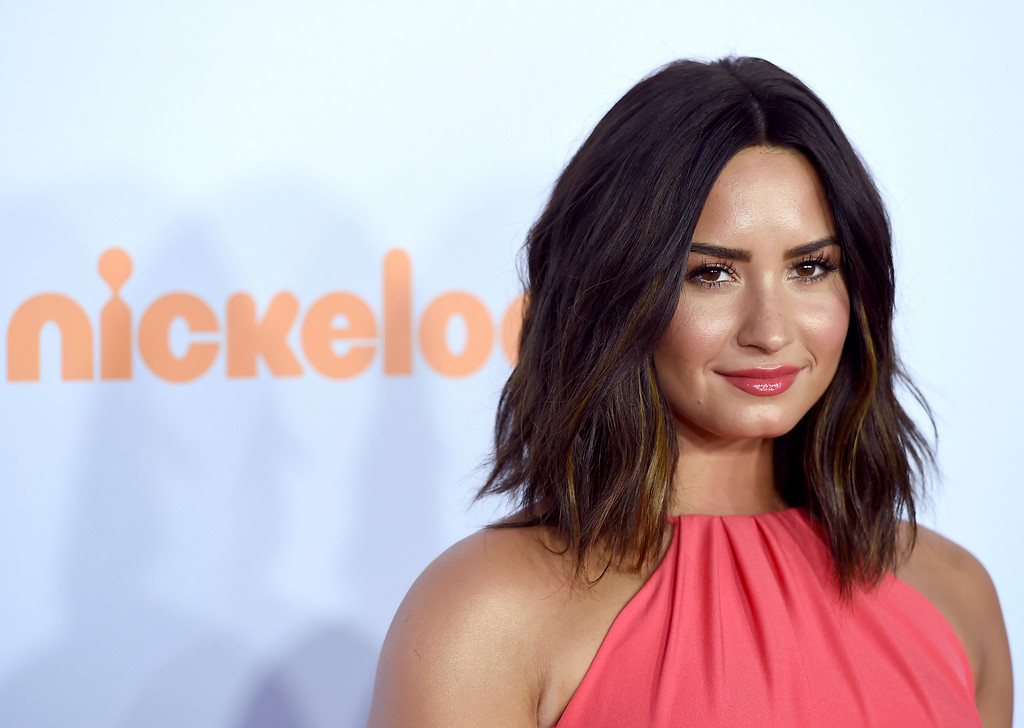 . Demi Lovato arrives at the Kids\' Choice Awards at the Galen Center on Saturday, March 11, 2017, in Los Angeles. (Photo by Jordan Strauss/Invision/AP)