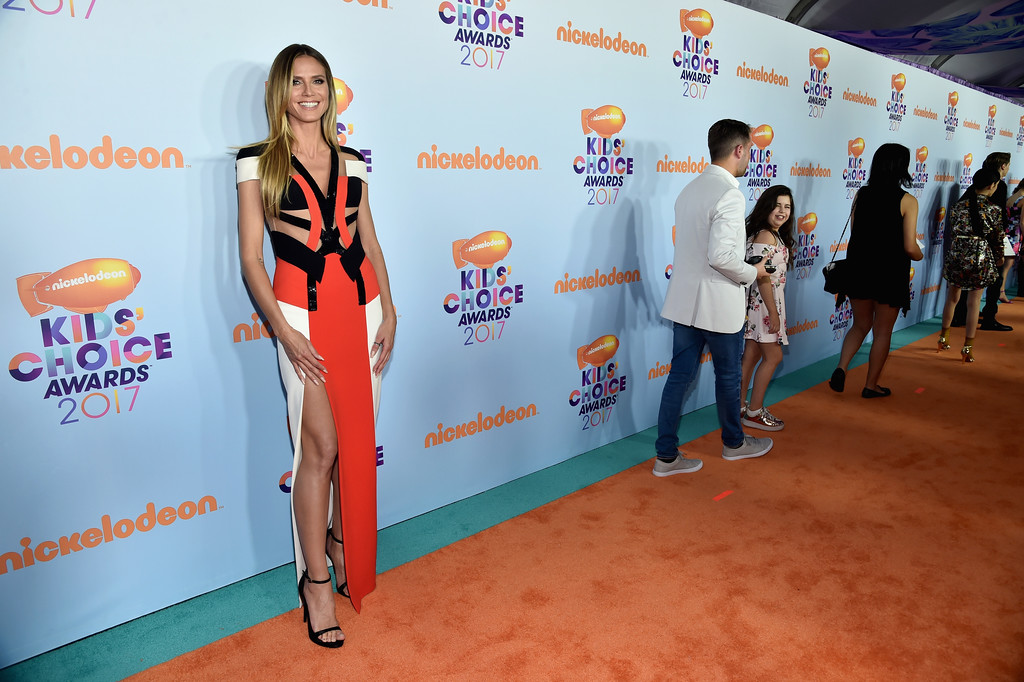 . LOS ANGELES, CA - MARCH 11:  Model/TV personality Heidi Klum at Nickelodeon\'s 2017 Kids\' Choice Awards at USC Galen Center on March 11, 2017 in Los Angeles, California.  (Photo by Alberto E. Rodriguez/Getty Images)