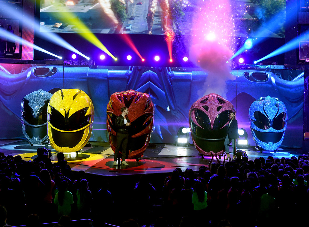 . LOS ANGELES, CA - MARCH 11:  The cast of Power Rangers speak onstage at Nickelodeon\'s 2017 Kids\' Choice Awards at USC Galen Center on March 11, 2017 in Los Angeles, California.  (Photo by Kevin Winter/Getty Images)