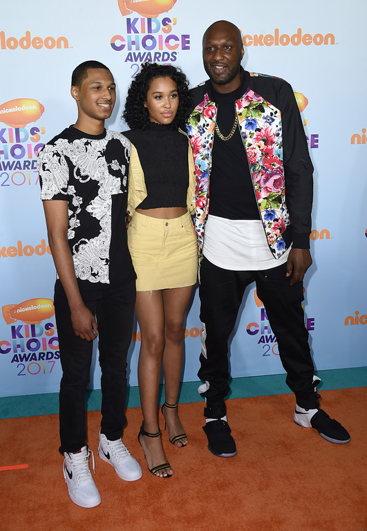 . Lamar Odom, from right, and children Destiny Odom, and Lamar Odom Jr arrive at the Kids\' Choice Awards at the Galen Center on Saturday, March 11, 2017, in Los Angeles. (Photo by Jordan Strauss/Invision/AP)