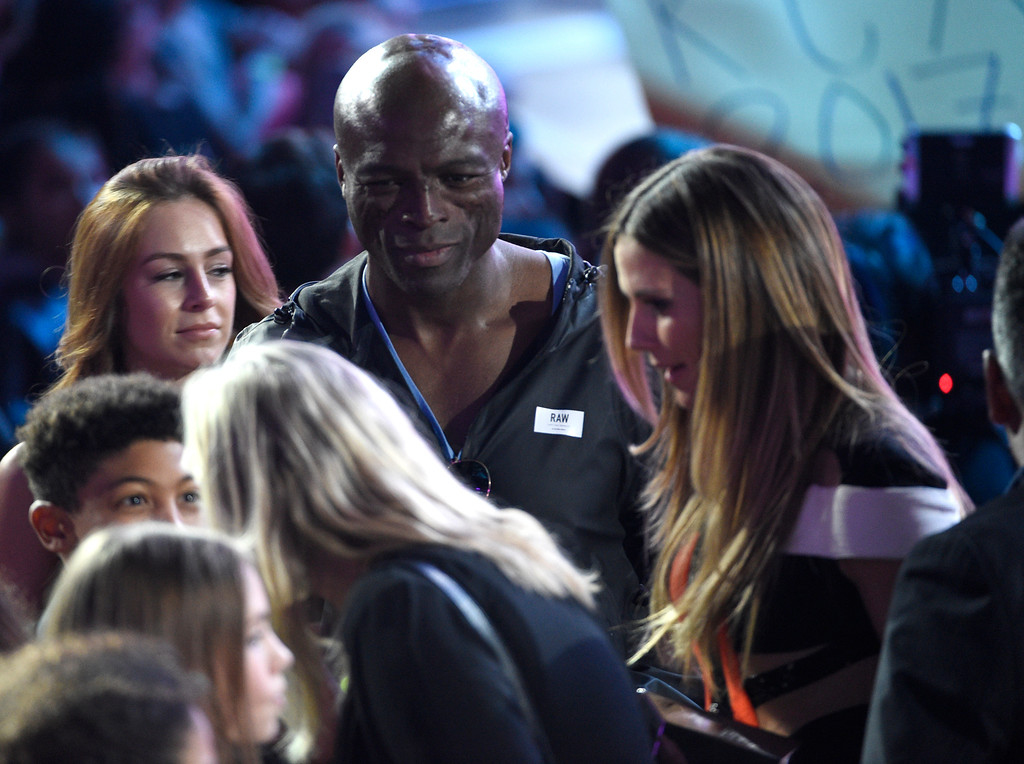 . Seal, left, and Heidi Klum appear in the audience at the Kids\' Choice Awards at the Galen Center on Saturday, March 11, 2017, in Los Angeles. (Photo by Chris Pizzello/Invision/AP)
