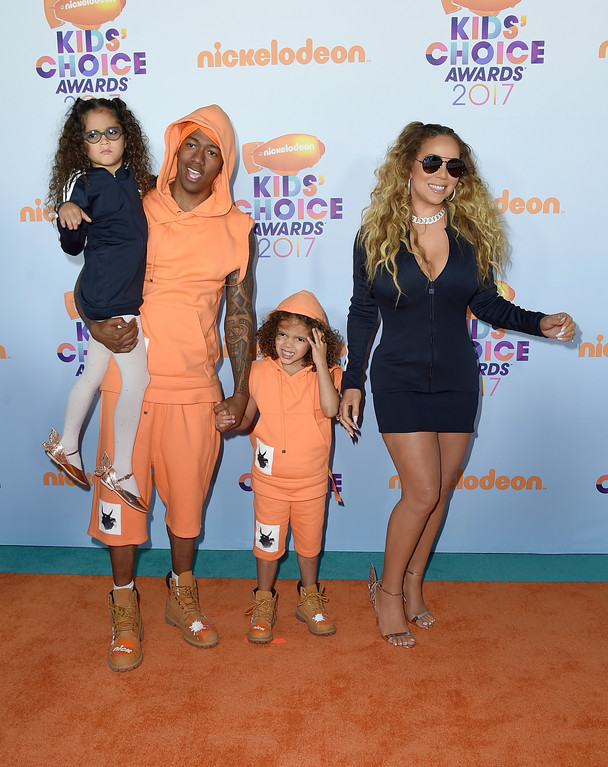 . Nick Cannon, second from left, Mariah Carey, right, and their children Monroe and Moroccan arrive at the Kids\' Choice Awards at the Galen Center on Saturday, March 11, 2017, in Los Angeles. (Photo by Jordan Strauss/Invision/AP)
