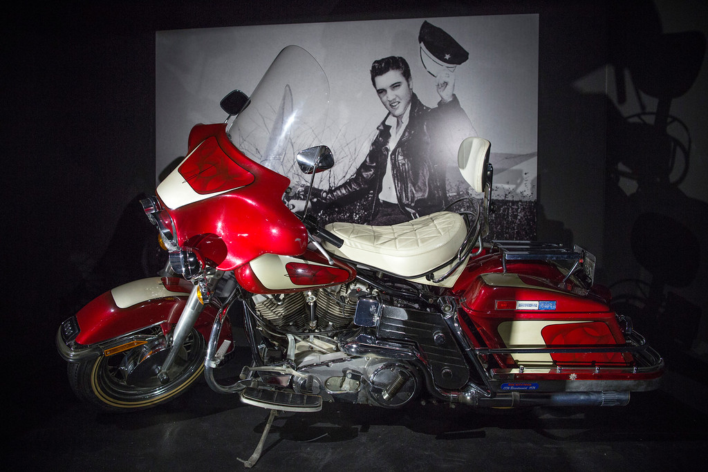 . Elvis Presleys\' Harley Davidson 1976 Electroglide is displayed during a press call at the \'Elvis at the O2, The Exhibition of His Life\' on December 11, 2014 in London, England. The exhibition is the largest ever retrospective ever to take place in Europe, and features over 300 artefacts from the Presley family\'s Graceland Archives. The show runs at the O2 Arena from 12 December to 31 August, 2015. (Photo by Dan Kitwood/Getty Images)