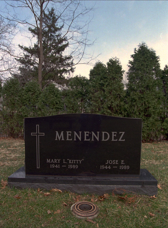 . This is the grave of Kitty and Jose Menendez, parents of Lyle and Erik Menendez, at Princeton Cemetery in Princeton, N.J., on Thursday, March 21, 1996. The Menendez brothers were convicted on Wednesday, March 20, 1996, of killing their parents in 1989.(AP Photo/Mike Derer)