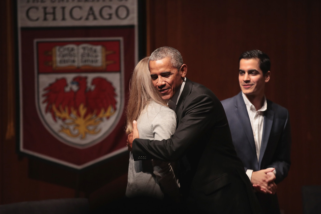 . CHICAGO, IL - APRIL 24:  Former President Barack Obama greets youth leaders at the University of Chicago as he arrives for a forum to promote community organizing on April 24, 2017 in Chicago, Illinois. The visit marks Obama\'s first formal public appearance since leaving office.  (Photo by Scott Olson/Getty Images)