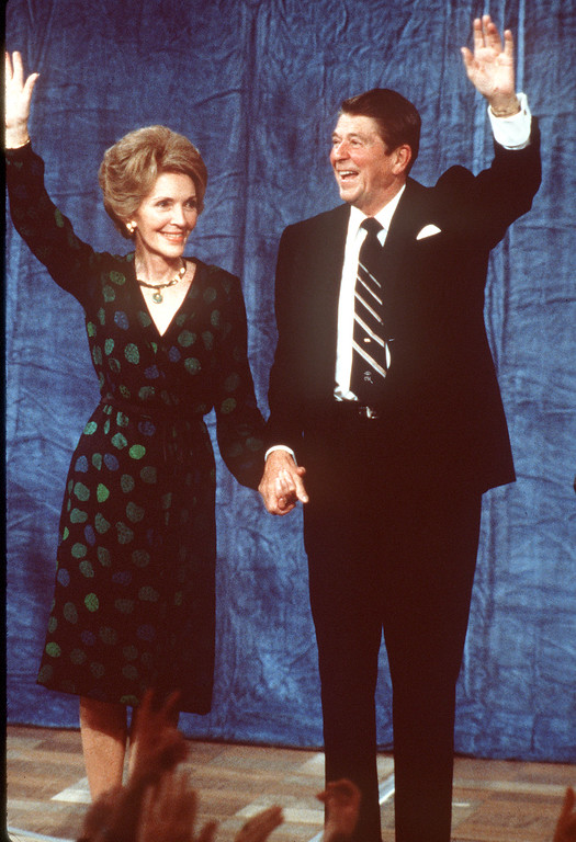 . REAGAN WINS PRESIDENTIAL ELECTION - President elect Ronald Reagan and wife Nancy wave to well-wishers Tuesday night , Nov. 04, 1980, at Century Plaza hotel in Los Angeles after election victory. (AP-Photo/j/stf)