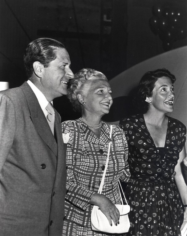 . Actress Nancy Davis with her parents, Dr. Loyal Davis and Edith Davis, in Hollywood, California, circa 1940s.  Photo Credit: The Ronald Reagan Presidential Foundation