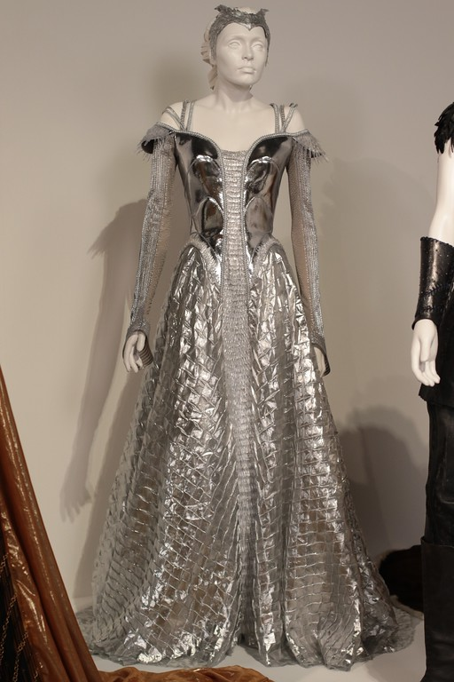 . Colleen Atwood used some unconventional materials in creating the silver gown actress Emily Blount wears in the film, �The Huntsman: Winter�s War.�� Those included Polyurethane and aquarium piping. (Courtesy of ABImages)