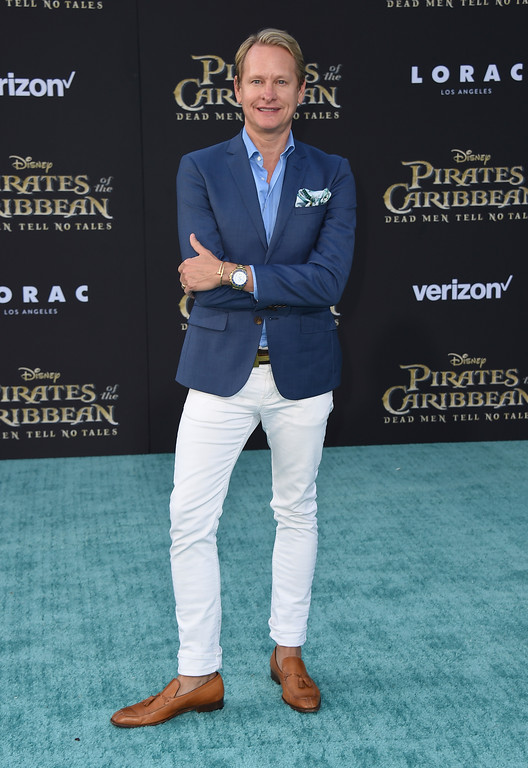 ". Carson Kressley arrives at the Los Angeles premiere of ""Pirates of the Caribbean: Dead Men Tell No Tales\"" at the Dolby Theatre on Thursday, May 18, 2017. (Photo by Jordan Strauss/Invision/AP)"
