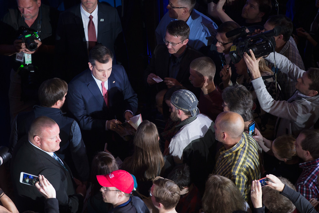 . INDIANAPOLIS, IN - MAY 3: Republican presidential candidate Sen. Ted Cruz (R-TX) greets supporters at his election night watch party at the Crowne Plaza Downtown Union Station where he announced he was suspending his bid for the Republican presidential nomination on May 3, 2016 in Indianapolis, Indiana.  (Photo by Scott Olson/Getty Images)