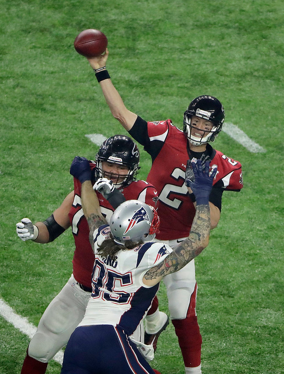 . Atlanta Falcons\' Matt Ryan passes against the New England Patriots during the second half of the NFL Super Bowl 51 football game Sunday, Feb. 5, 2017, in Houston. (AP Photo/Charlie Riedel)