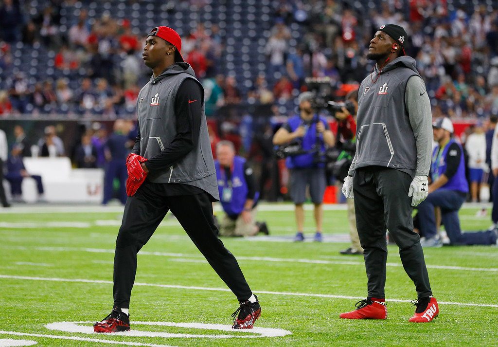 . HOUSTON, TX - FEBRUARY 05:  Julio Jones #11 of the Atlanta Falcons and Mohamed Sanu #12 warm up before Super Bowl 51 against the New England Patriots at NRG Stadium on February 5, 2017 in Houston, Texas.  (Photo by Kevin C. Cox/Getty Images)