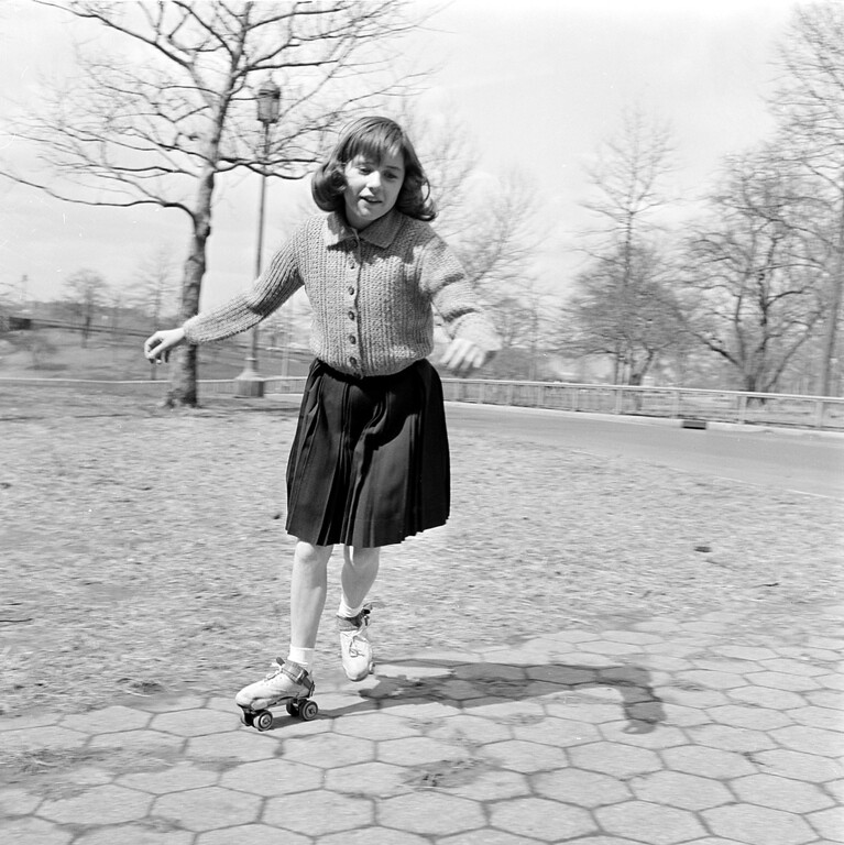 . Child actress Patty Duke roller skates in Central Park in New York City, April 6, 1961.  (AP Photo)