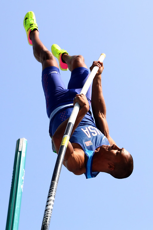 . RIO DE JANEIRO, BRAZIL - AUGUST 18:  Ashton Eaton of the United States competes in the Men\'s Decathlon Pole Vault on Day 13 of the Rio 2016 Olympic Games at the Olympic Stadium on August 18, 2016 in Rio de Janeiro, Brazil.  (Photo by Alexander Hassenstein/Getty Images)