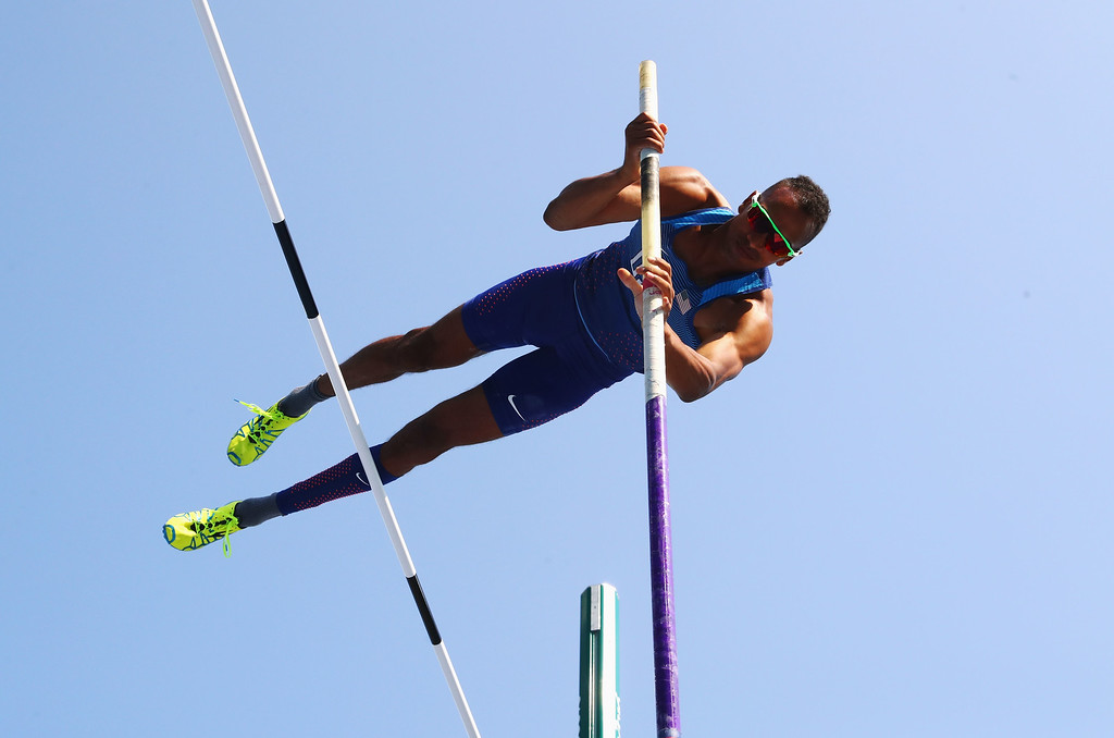 . RIO DE JANEIRO, BRAZIL - AUGUST 18:  Jeremy Taiwo of the United States competes in the Men\'s Decathlon Pole Vault on Day 13 of the Rio 2016 Olympic Games at the Olympic Stadium on August 18, 2016 in Rio de Janeiro, Brazil.  (Photo by Alexander Hassenstein/Getty Images)