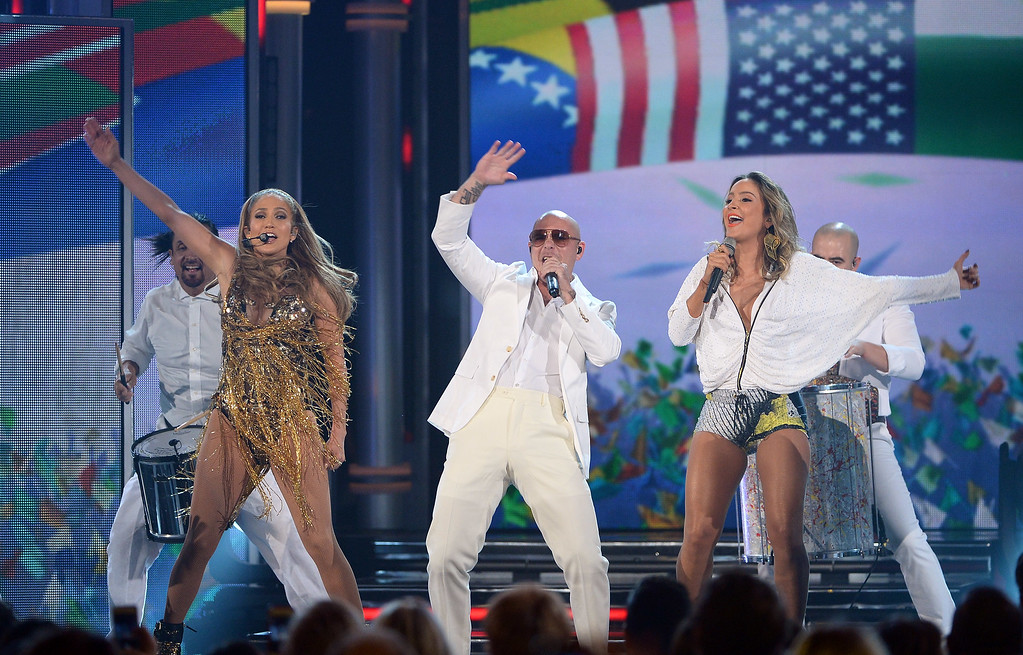 . LAS VEGAS, NV - MAY 18:  (L-R) Singer/actress Jennifer Lopez, recording artist Pitbull and singer Claudia Leitte perform onstage during the 2014 Billboard Music Awards at the MGM Grand Garden Arena on May 18, 2014 in Las Vegas, Nevada.  (Photo by Ethan Miller/Getty Images)