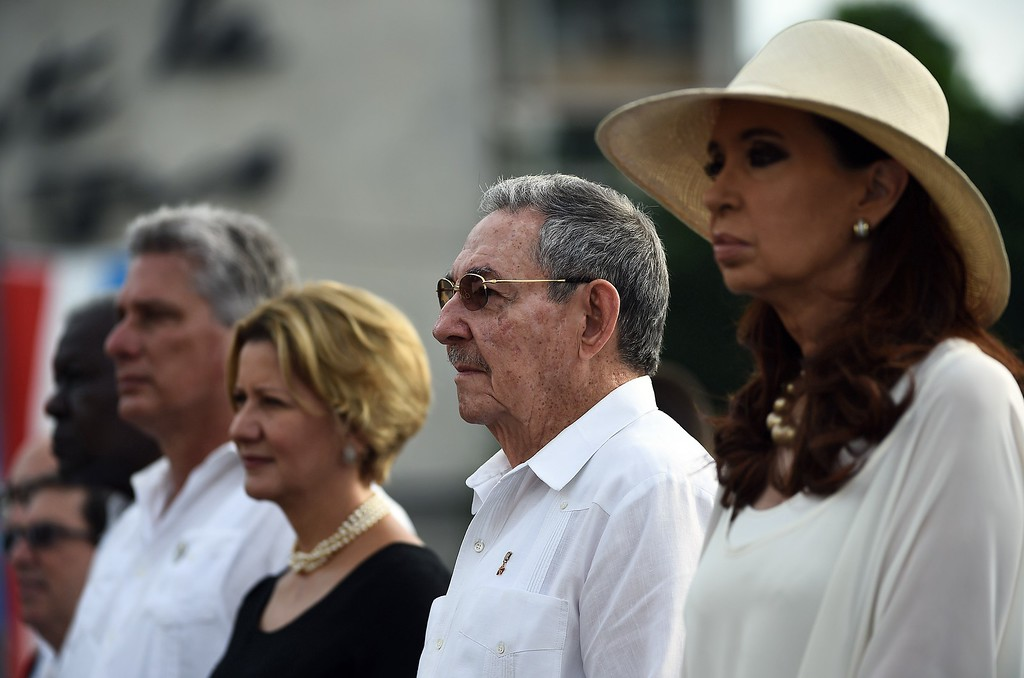 . Cuban President Raul Castro (2-R) and Argentine President Cristina Fernandez de Kirchner (R) attend Pope Francis\' mass at Revolution Square in Havana on September 20, 2015. Pope Francis will give mass on Revolution Square, the biggest event of his trip to Cuba, with nearly a million people expected to attend. The pontiff\'s eight-day tour will also take him to the United States.          (FILIPPO MONTEFORTE/AFP/Getty Images)
