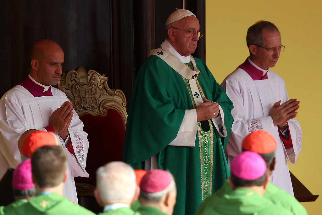 . Pope Francis performs Mass on September 20, 2015 in Revolution Square in Havana, Cuba. Pope Francis is on the first full day of his three day visit to Cuba where he will meet President Raul Castro and hold Mass in Revolution Square before travelling to Holguin, Santiago de Cuba and El Cobre then onwards to the United States.  (Photo by Carl Court/Getty Images)