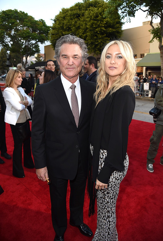". WESTWOOD, CA - MAY 10:  Actors Kurt Russell (L) and Kate Hudson attends the premiere of 20th Century Fox\'s ""Snatched\"" at Regency Village Theatre on May 10, 2017 in Westwood, California.  (Photo by Kevin Winter/Getty Images)"