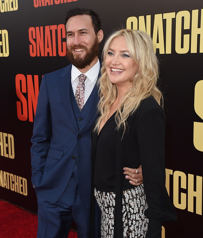 ". WESTWOOD, CA - MAY 10:  Musician Danny Fujikawa (L) and actor Kate Hudson attend the premiere of 20th Century Fox\'s ""Snatched\"" at Regency Village Theatre on May 10, 2017 in Westwood, California.  (Photo by Kevin Winter/Getty Images)"