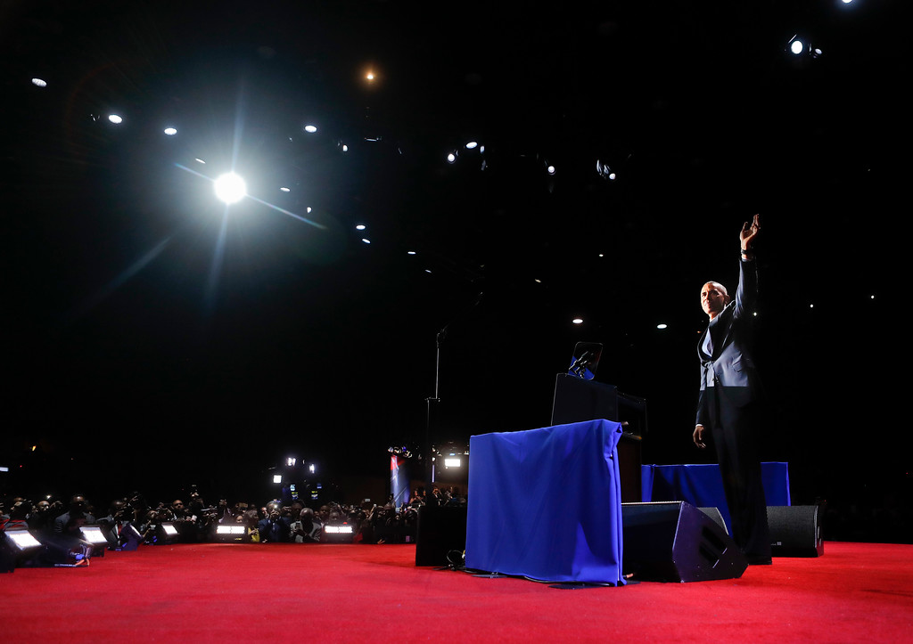 . President Barack Obama waves as he take the stage to speak during his farewell address at McCormick Place in Chicago, Tuesday, Jan. 10, 2017. (AP Photo/Pablo Martinez Monsivais)