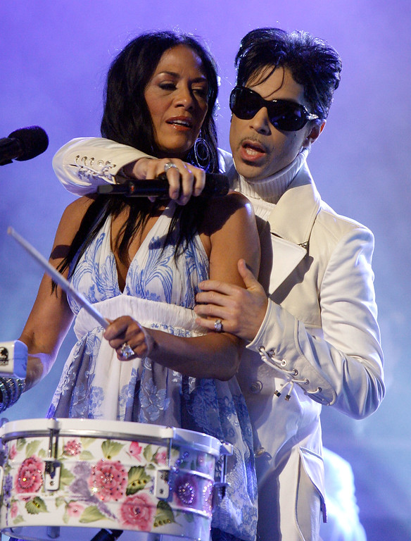 . PASADENA, CA - JUNE 01:  Musician Sheila E (L) and singer Prince perform onstage during the 2007 NCLR ALMA Awards held at the Pasadena Civic Auditorium on June 1, 2007 in Pasadena, California.  (Photo by Kevin Winter/Getty Images for NCLR) *** Local Caption *** Sheila E;Prince