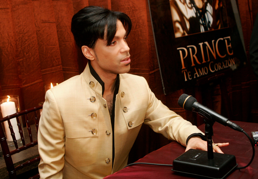 ". Musician Prince speaks at a press conference for the release of his new video ""Te Amo Corazon\"" at the Regent Beverly Wilshire Hotel on December 13, 2005 in Beverly Hills, California."