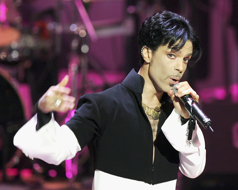 . Musician Prince performs onstage at the 36th Annual NAACP Image Awards at the Dorothy Chandler Pavilion on March 19, 2005 in Los Angeles, California. (Photo by Kevin Winter/Getty Images)