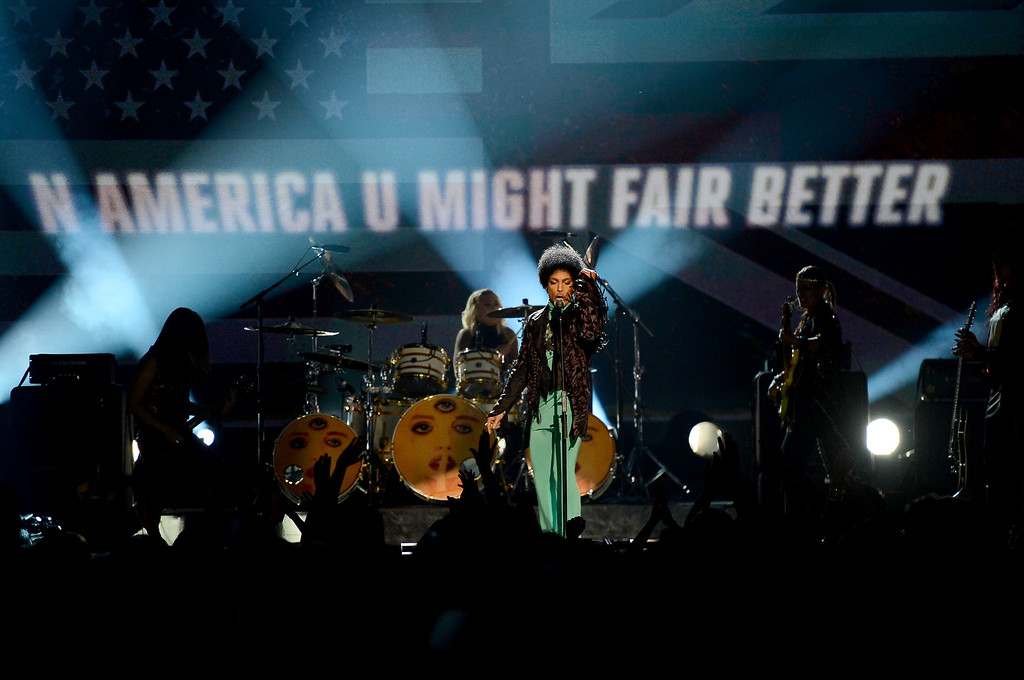 . LAS VEGAS, NV - MAY 19:  Musician Prince performs onstage during the 2013 Billboard Music Awards at the MGM Grand Garden Arena on May 19, 2013 in Las Vegas, Nevada.  (Photo by Ethan Miller/Getty Images)