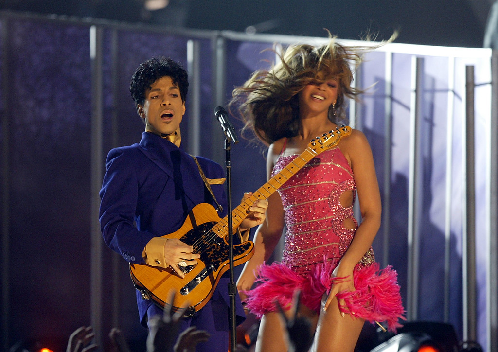 . LOS ANGELES - FEBRUARY 8:  Singer/actress Beyonce Knowles and Musician Prince perform at the 46th Annual Grammy Awards held at the Staples Center on February 8, 2004 in Los Angeles, California.  (Photo by Frank Micelotta/Getty Images)