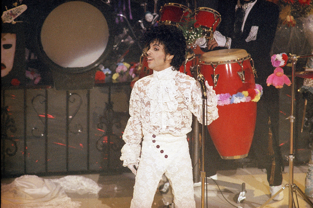 . Singer Prince performs at the 1985 Grammy?s Award at the Shrine Auditorium in Los Angeles, Feb. 26, 1985. (AP Photo)
