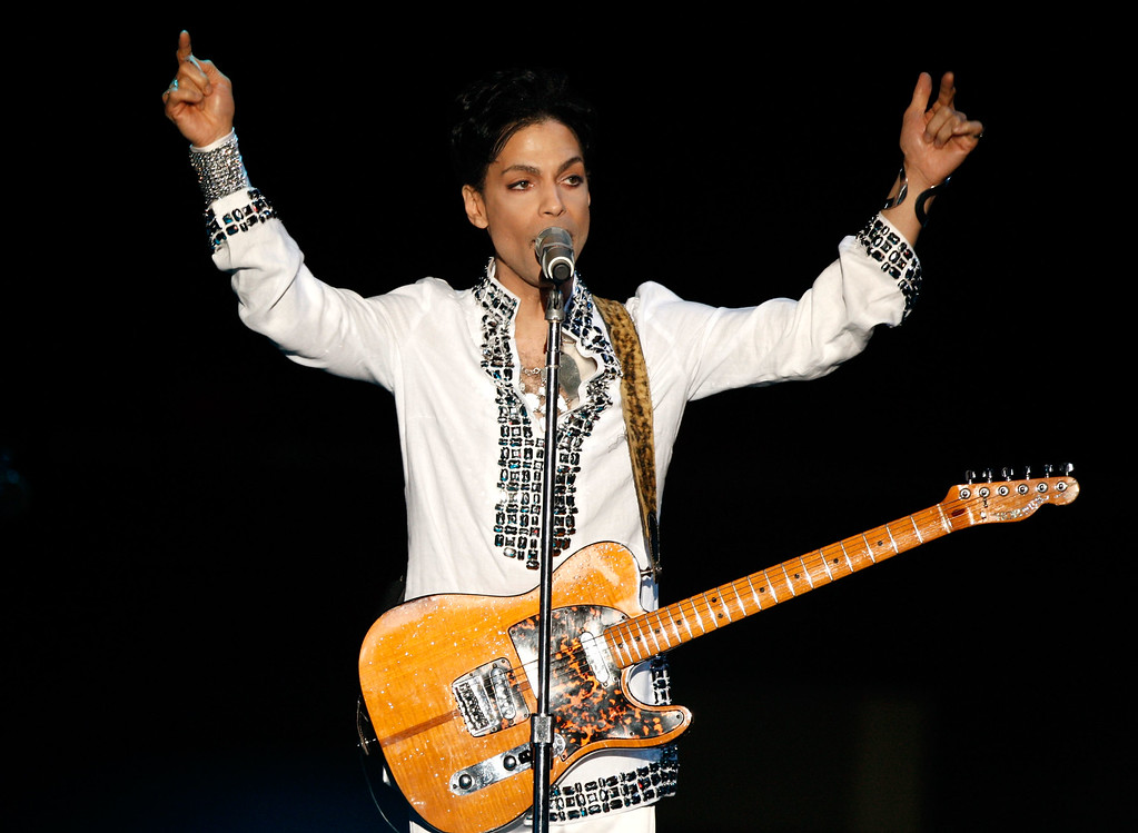 . INDIO, CA - APRIL 26:  Prince performs during day 2 of the Coachella Valley Music And Arts Festival held at the Empire Polo Field on April 26, 2008 in Indio, California.  (Photo by Kevin Winter/Getty Images)