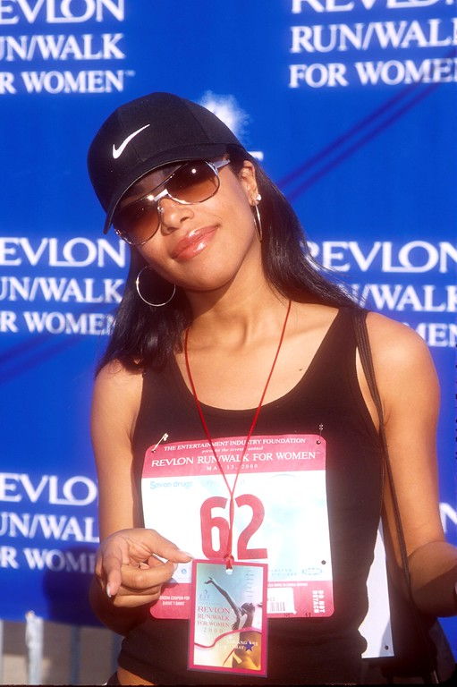 . Singer Aaliyah attends the 7th Annual Revlon Run/Walk for Women May 13, 2000 in Los Angeles, CA. (Photo by Brenda Chase/Online USA)