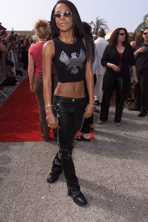 . Aaaliyah at the at the 2000 Teen Choice Awards at the Barker hangar in Santa Monica, CA on Sunday, August 6, 2000  Photo: Kevin Winter/Getty Images